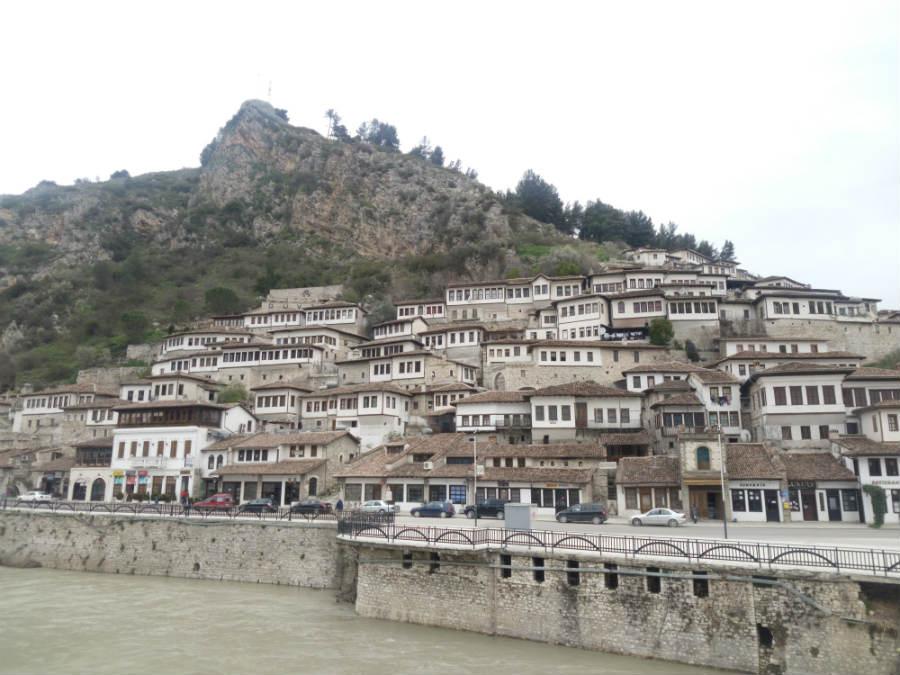 Berat, la città dalle mille finestre