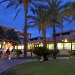TH Resort Le Castella - Villaggio di sera